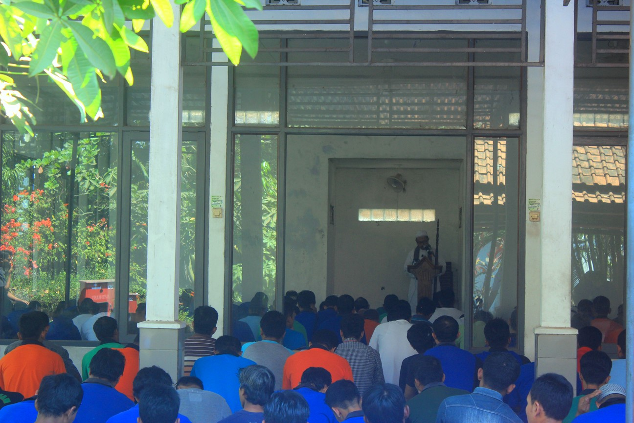 Humanity Action for Lombok by PT Seng Fong Moulding Perkasa